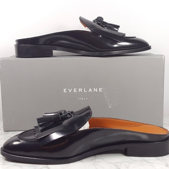 9034bc28b21 NWT Everlane Modern Tassel Loafer Mule Black